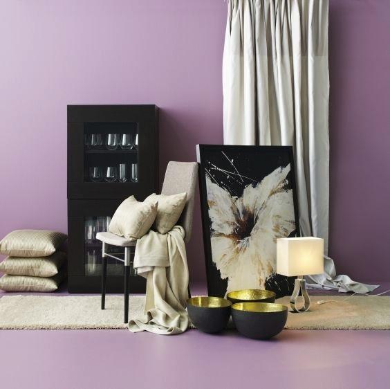 Softer interpretation of Radiant Orchid.